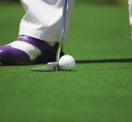 Simulateur de golf : la meilleure solution pour jouer à domicile